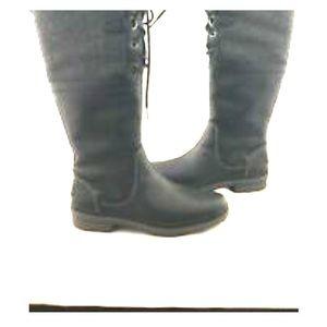 Ugg rain boots water proof
